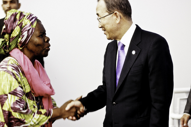 Queen Mother with United Nations Secretary General Ban Ki Moon
